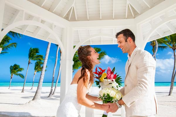 Win Caribbean vacations and other prizes during weddings and honeymoons
