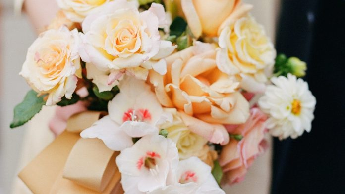 How this florist created her own wedding bouquet