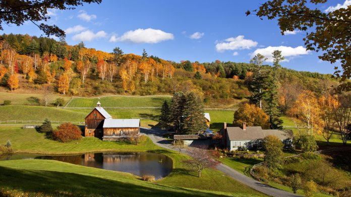 6 New England Honeymoons That Are Perfect for Fall