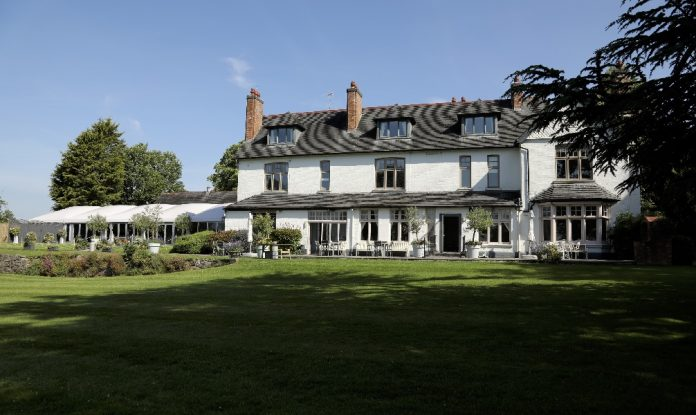 Wedding and events venue for £ 300,000
