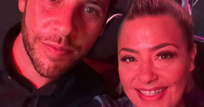 Lisa Armstrong looked amazing as she shared a sweet snap with boyfriend James Green as they went on a date night to see Denise Van Outen perform in a cabaret show, whilst Ant McPartlin is on honeymoon in Portugal with Anne-Marie Corbett